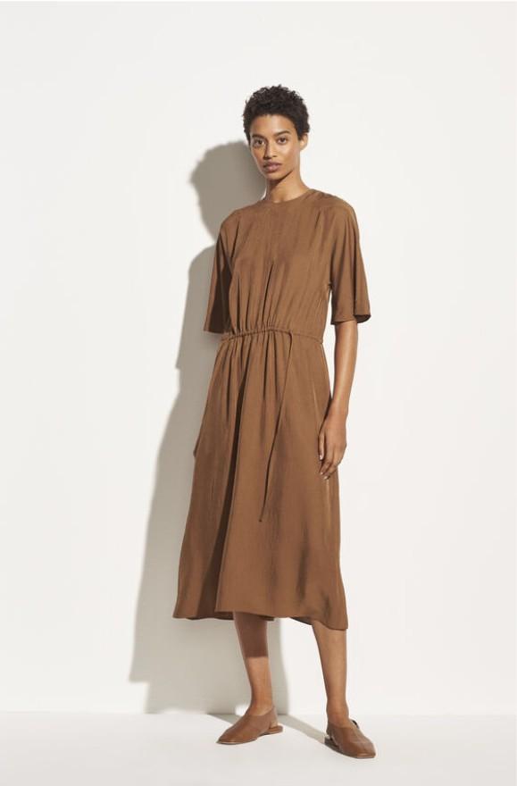 Elegantes T-Shirt Kleid