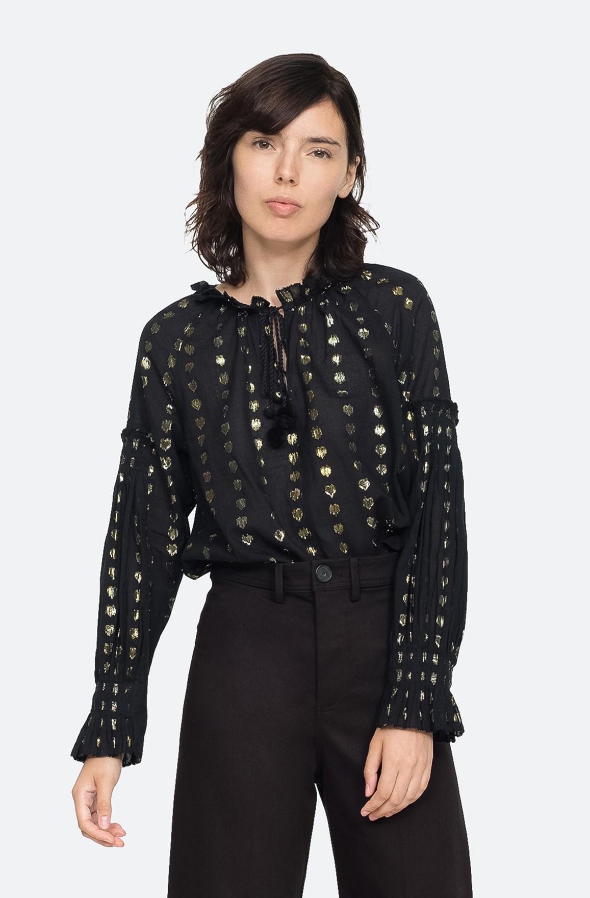Bluse mit goldenen Details